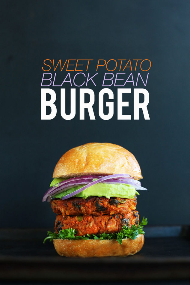 AMAZING-10-INGREDIENT-SWEET-POTATO-BLACK-BEAN-BURGER-Tender-flavorful-hearty-SO-delicious