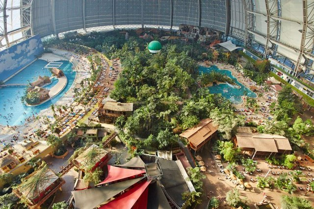 tropical-islands-resort-the-giant-waterpark-inside-an-old-german-airship-hangar-25